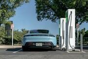 خودروساز آمریکایی پشت دیوار برلین!