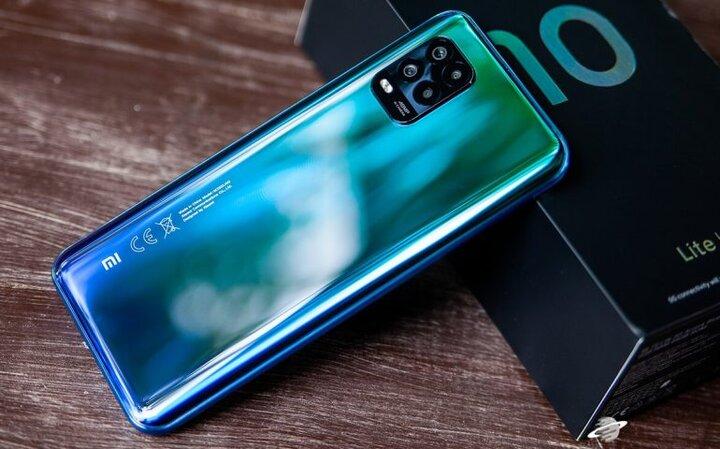 سقوط آزاد قیمت تلفن های شیائومی در بازار